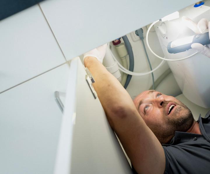 Abflusshilfsdienst - Reinigung Küchenabfluss