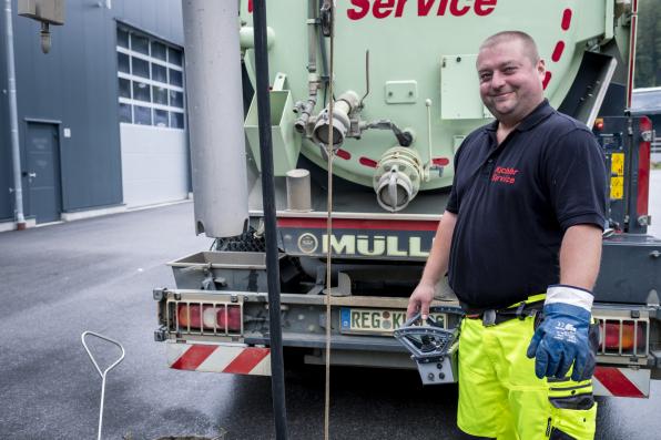 Abflusshilfsdienst - Kanalreinigung Monteur